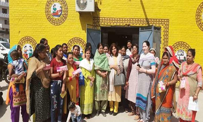 Janaushadhi Week: More than 50,000 Suvidha Sanitary Napkin packets distributed free of cost